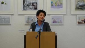 Sozialministerin Katrin Altpeter bei der Vernissage am 29.9. 15 Quelle: Sozialministerium Baden-Württemberg